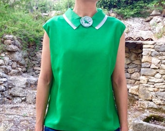 French 1950s green &  white rose flower colar rayon blouse sz M