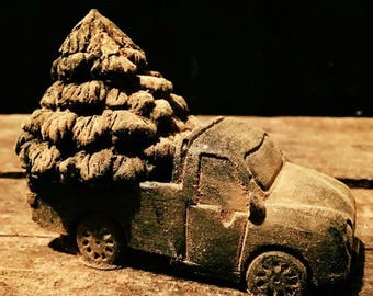 WAX Olde Farmers Truck with Tree