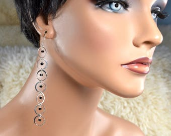 LP 1413 Modern, Sterling Silver Circles And Dangling Black Spinel Earrings