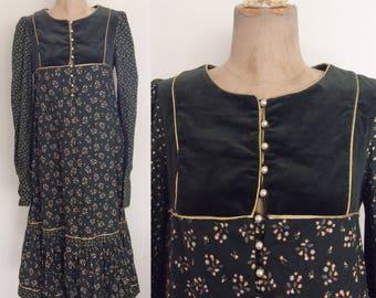 1970's Gunne Sax Green Velvet & Cotton Floral Print Dress Size XS Small by Maeberry Vintage