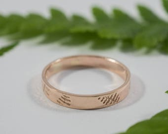 Rose Gold Fern Wedding Band: A 9ct rose gold textured wedding ring band