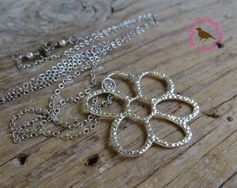 Long Boho Bright Silver Daisy Necklace, Long Silver Flower Pendant Necklace, Daisy Pendant, Antique Silver Chain, by MagpieMadness