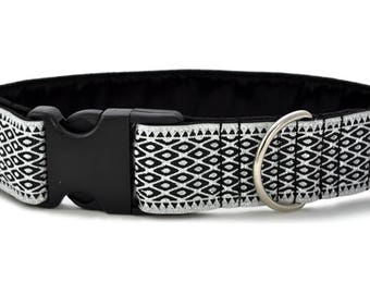 "Ready-to-Ship: Lattice Jacquard in Silver & Black - 1.5"" Buckle Collar - MEDIUM - Nickel-Plated Hardware"