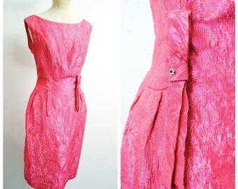 1960s Hot pink lamé rhinestone cocktail dress / 50s 60s iridescent fuschia lurex fitted Blanes evening dress - M