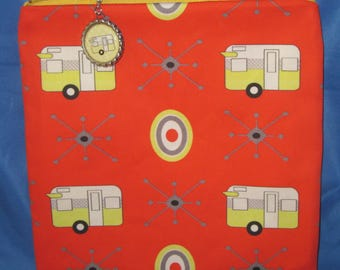 """Camping Zipper Tote, Purse, Bag 8"""" X 8"""" Vintage Yellow Shasta Style Trailers on Red"""