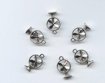Vintage Looking Silver Floor Fan Charms Quanity of six