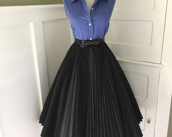 VINTAGE 1950s 1960s High Waisted Black Cocktail Party Full FORMAL Tulle Skirt
