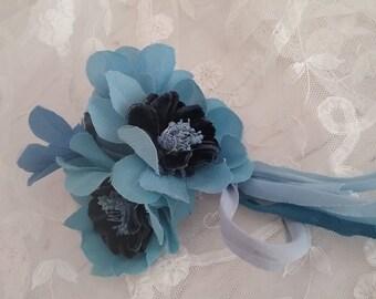 Pretty Vintage 1940's Blue Artificial Flower Corsage.