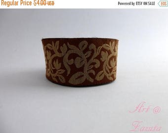 ilovesales Brown and Gold intricate Floral embroidered trim- 1 Yard
