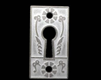 SALE 30% OFF Steampunk Escutcheon cast pewter metal keyhole finding 45mm Qty 1 One Silver and White Shabby Chic Tone