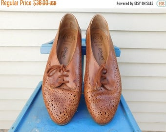 Birthday Sale Vintage Leather Perforated Flats, Leather Cut Out Shoes Made In Brazil, Size 7, Euro 37, UK 5