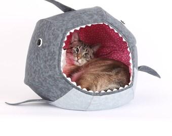 Second Quality Shark Cat Ball cat bed - Shark Week - Shark cat bed - Great White Shark Cat Ball