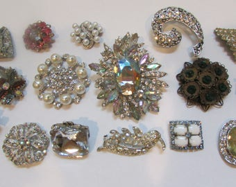 Vintage Rhinestone Brooch Lot Mixed 16 pieces Crystal Wedding Brooch Bouquet Brooch Bridal Button DIY Kit Something Old