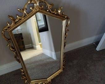 Vintage Syroco Mirror / Wall Mirror / Gold Ornate Mirror / Wall Hanging
