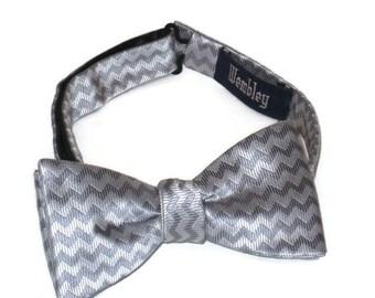 Silver Bow Tie, Gray Bow Tie, Silver Tux Tie, Vintage Neck Wear, Formal Wear, Formal Bow Tie, Gray Tuxedo Tie, Chevron Bow Tie