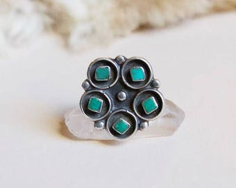 VC-159, Dead pawn Native American vintage green turquoise and sterling silver ring