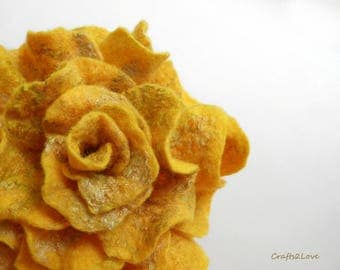 Yellow Rose, Sunny Yellow Rose, brooch, pin, felt rose, Wet felted pin made of wool