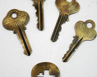 Vintage Brass Keys, Eagle Lock Co Terrville Conn, Independent Lock Co, Brass Key Tag, RePurposing Brass Keys, Steampunk Collage Mixed Media