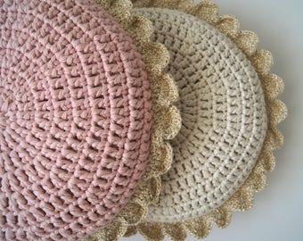 Crochet pillow. Crochet Round pillow. Crochet cushion. Coussin crochet. Cojin ganchillo. Crochet home decor. Nursery decor. Baby decor.
