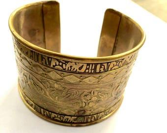 Antique Art Nouveau Cuff Bracelet Brass Engraved Vintage Fashion Retro Jewelry