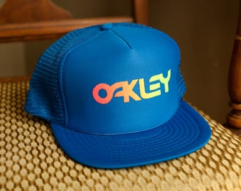 Vintage 80s 90s OAKLEY Blue Flat Bill Adjustable Trucker Hat