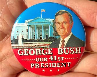 Vintage GEORGE BUSH 41st President Button Pin