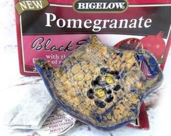 tea bag holder - Pottery tea bag holder, tea bag rest -Teabag Dish, tea lovers gift , Pottery Dish, kitchen decor,   # 168