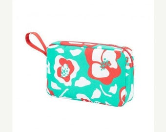 Monogrammed Womens Travel Cosmetic Bags
