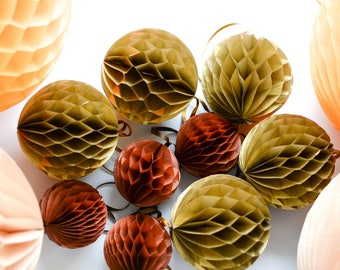 Fall Thanksgiving paper honeycomb set - 16 mixed size HONEYCOMBs BALLS -wedding party decorations - nursery decor-birthday paper lanterns