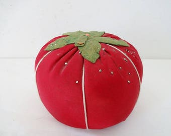 Big Tomato Pin Cushion