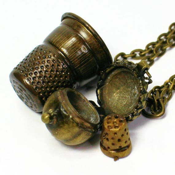 Thimble and Acorn Necklaces Peter Pan Jewelry Thimble & Wendy Kiss in Brass, Men,  Women,  Sweetheart,  Lover,  Sister,  Best Friend