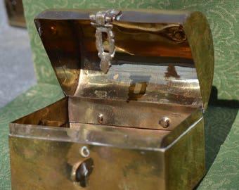 Old brass trinket box  BOX119