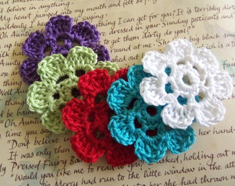 Assorted 7-Petals Crochet Flower Appliques. Handmade Crochet Flower Appliques. Cotton Crochet Flowers. Assorted Crochet Flowers.