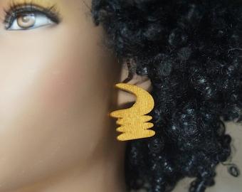 Akoben Stud Wood Earrings - Gold  Andinkra Symbol Afrocentric Jewelry