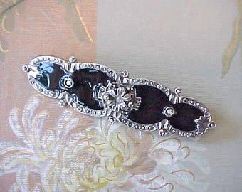 Pretty Victorian Revival Brooch in Black And Silver