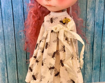Busy Bee Dress for Blythe