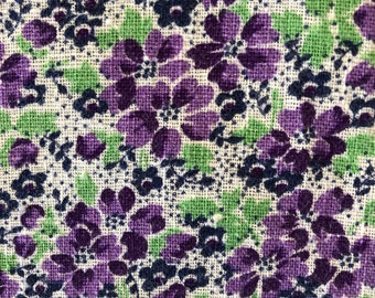 Vintage fabric, Quilting Cotton, 1940's Fabric, Feedsack Fabric, Violets, NOT Reproduction, UK Seller
