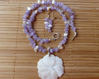 19 Inch Amethyst and White Mother of Pearl Hand Carved Pendant Beaded Necklace with Earrings