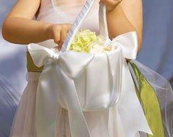 Plain Ivory or White Flower Girl Basket - White Flower Girl Basket - Ivory Flower Girls Basket - Flowergirl Basket - Flower Basket