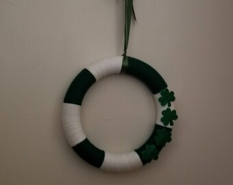 Green and White Yarn Wrapped Wreath with Shamrocks - St Patrick's Day Wreath