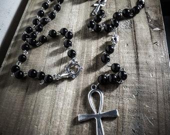"Chapelet rosaire perles noires Big Ankh ""Tiny Skull"""