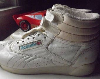 reebok classic leather clip mesh wreaths