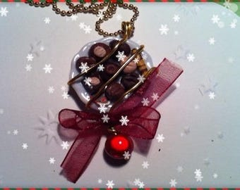 Chocolate Christmas ref 82 plate pendant necklace