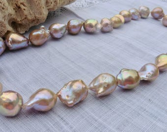 Pearl Necklace Baroque pearl necklace like Kasumi
