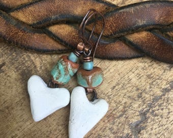 Primitive White Ceramic Heart earrings n370 - blue turquoise color ceramic and artisan heart . tribalism . tribal boho bohemian gypsy gipsy