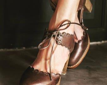 SALE. Sz. 6. DANCE QUEEN. Brown leather shoes / leather heel shoes  / women dance shoes / high heels.