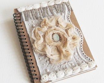 Livre d'Or Shabby Romantique - Lady Chatterley - Journal Intime, Carnet de note - Création d'artiste, fait-main, pièce unique