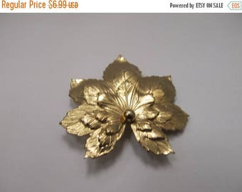 ON SALE Vintage Textured Leaf Pin Item K # 1773