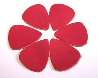 6 PETALS in FUCHSIA leather 30 x 24 mm for jewelry making