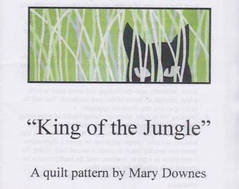 King of the Jungle, Mary Downes, Black Cat Hiding in Tall Grass, DIY Quilt Pattern